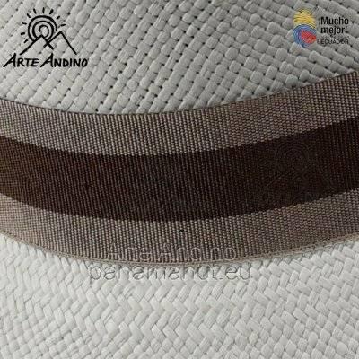 Braun bicolor Ausverkauft